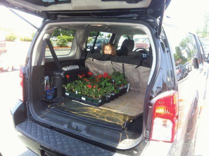 Kurgo Cargo Cape med blommor