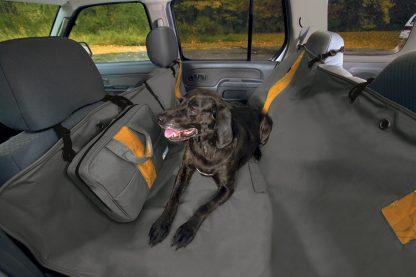 Kurgo Heather Hammock baksätesskydd hund i bil